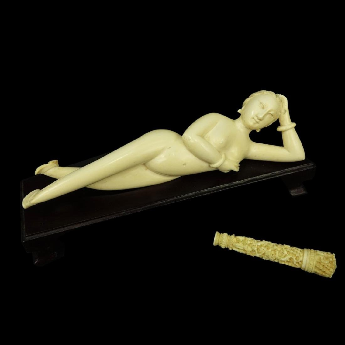 Antique Chinese Ivory Doctors Lady and Needle Case