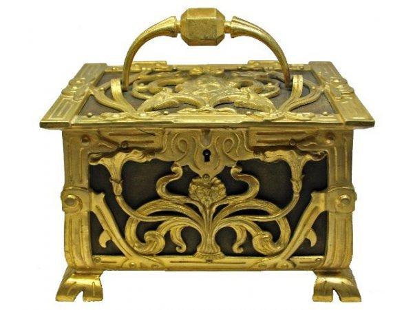 1: Fine Art Nouveau Bronze Box w/ Figural Beauty Top Pa