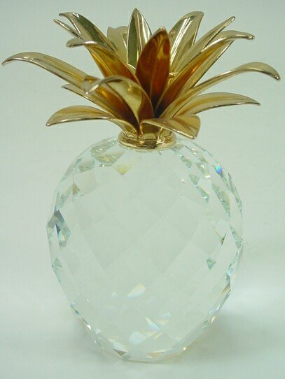 503: Swarovski Crystal Pineapple with Gilt Top Paperwei