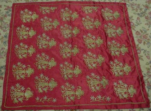 583: Antique Asian Silk Fabric. Unsigned. Very Good Con