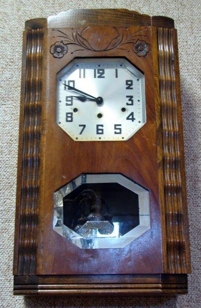 18: 20C French Wooden Art Deco Clock w/ Art Nouveau Inf