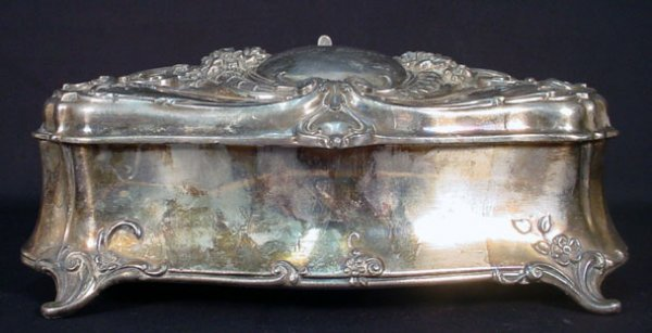 7: Art Nouveau Silver Plate Footed Vanity Box with Velv