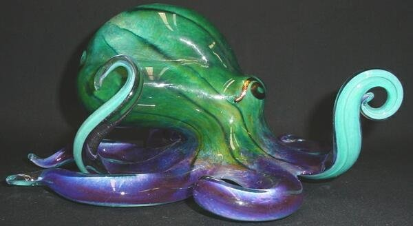 520: Modern Art Glass Octopus. Unsigned. Very Good Cond - 4