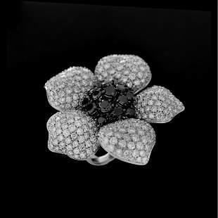 Van Cleef & Arpels style Diamond and 18K Ring
