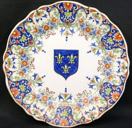 7: 18/19th Century French Faience Armorial Scalloped Pl