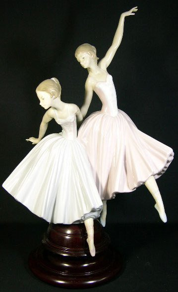 "322: Porcelain Figural Lladro Group #5035 ""Merry Ballet"