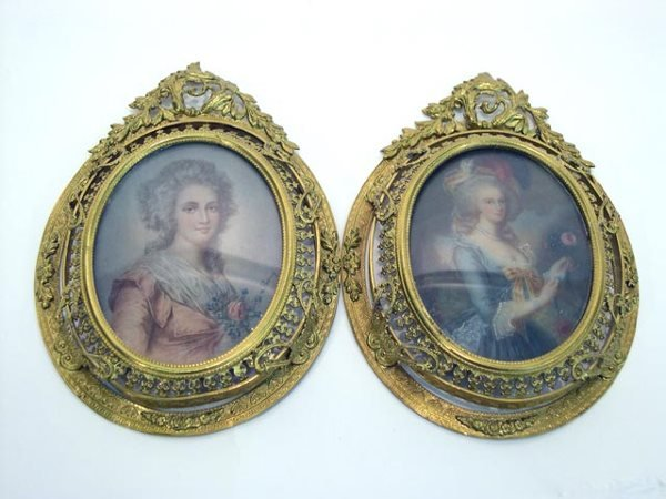 8: Hand Highlighted Miniature Portraits of Beautiful Fr