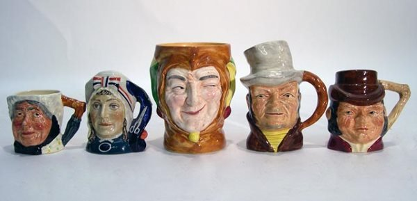 1021: Selection of Five (5) English Toby Jugs. Companie