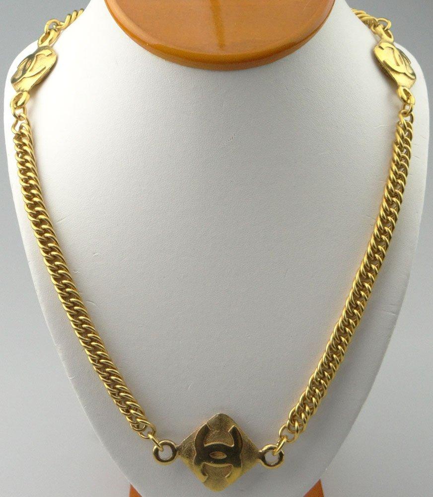 Chanel Paris France Goldtone Costume Jewelry Necklace.