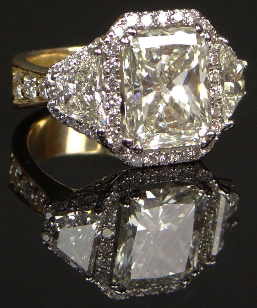 Lady's Fabulous 8.18 Carat Diamond and 18 Karat Yellow