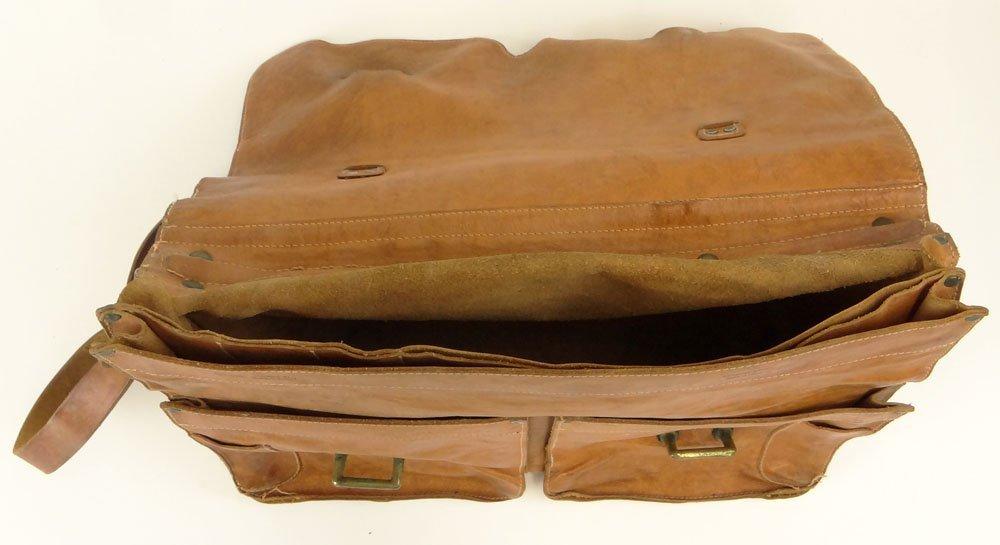 Vintage Il Bisonte Leather Attaché/Messenger Bag. - 6