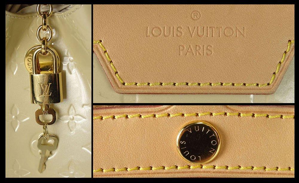Louis Vuitton Brea MM MV Blanc Corail Lady's Handbag. - 8