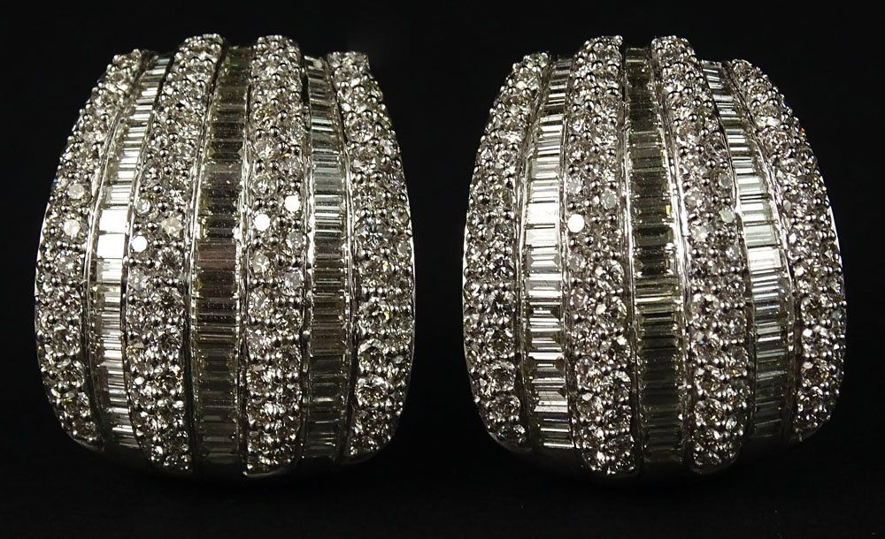 Lady's approx. 8.0 Carat Round Brilliant and Baguette