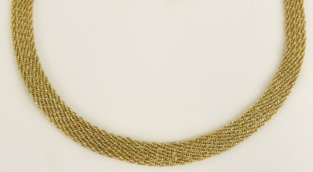 Vintage Peruvian 14 Karat Yellow Gold Mesh Necklace.