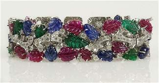 Very fine quality ladys Cartier style approx 820