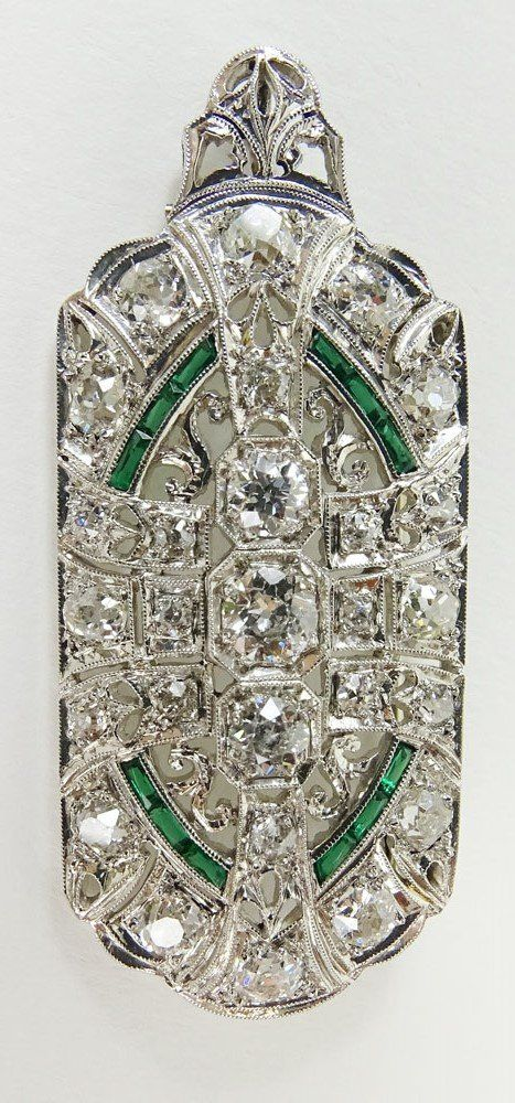 Lady's Art Deco approx. 2.0 carat diamond, emerald and