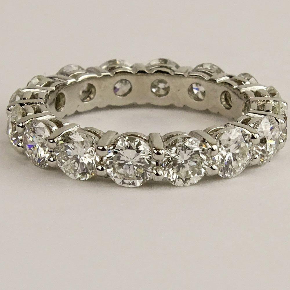 Lady's Approx. 4.25 carat Round Brilliant Cut Diamond