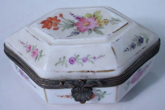6: 18/19C Hand Painted Porcelain Box w/ Bronze Mounts
