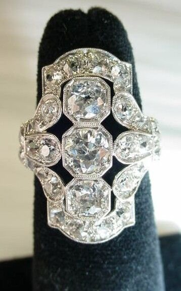 326: William Wise & Son Art Deco Diamond and Platinum C