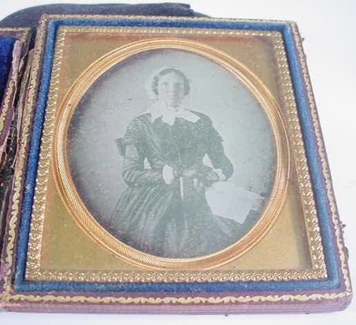 503: 1/6 Plate Daguerreotype Dag in Leatherette Case Po
