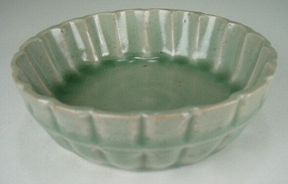 15: Small Longquan Celadon Shallow Bowl Southern Song D