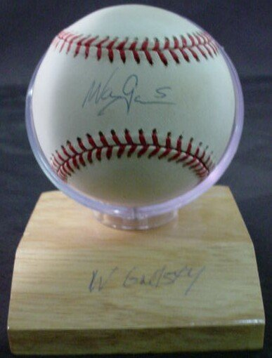 "1011: Baseball signed: ""Wayne Gretzky"" Rawlings Officia"