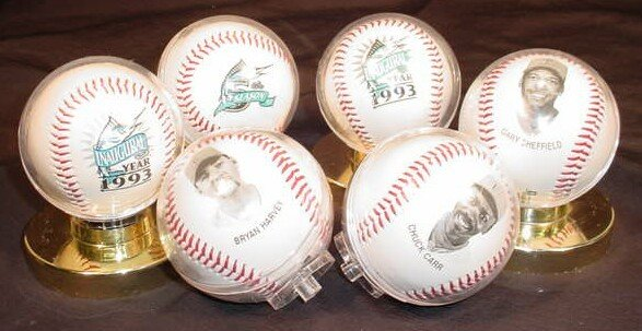1013: Total of Six (6) Baseballs Consisting of: a Serie