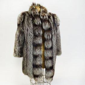 Ladies Silver Fox Fur Coat. Raglan Sleeves Shawl