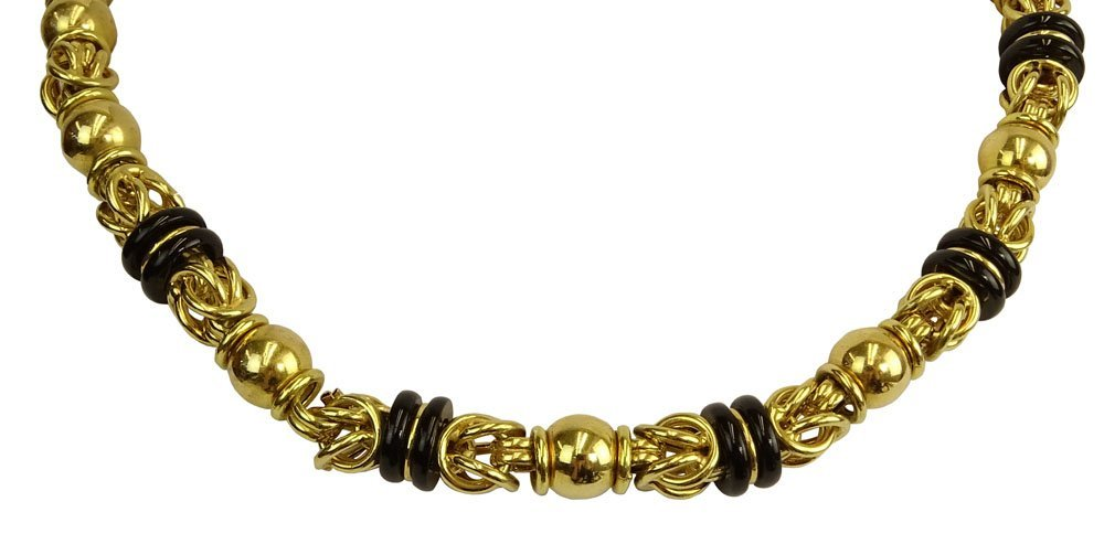 Vintage Thick 18 Karat Yellow Gold and Black Onyx
