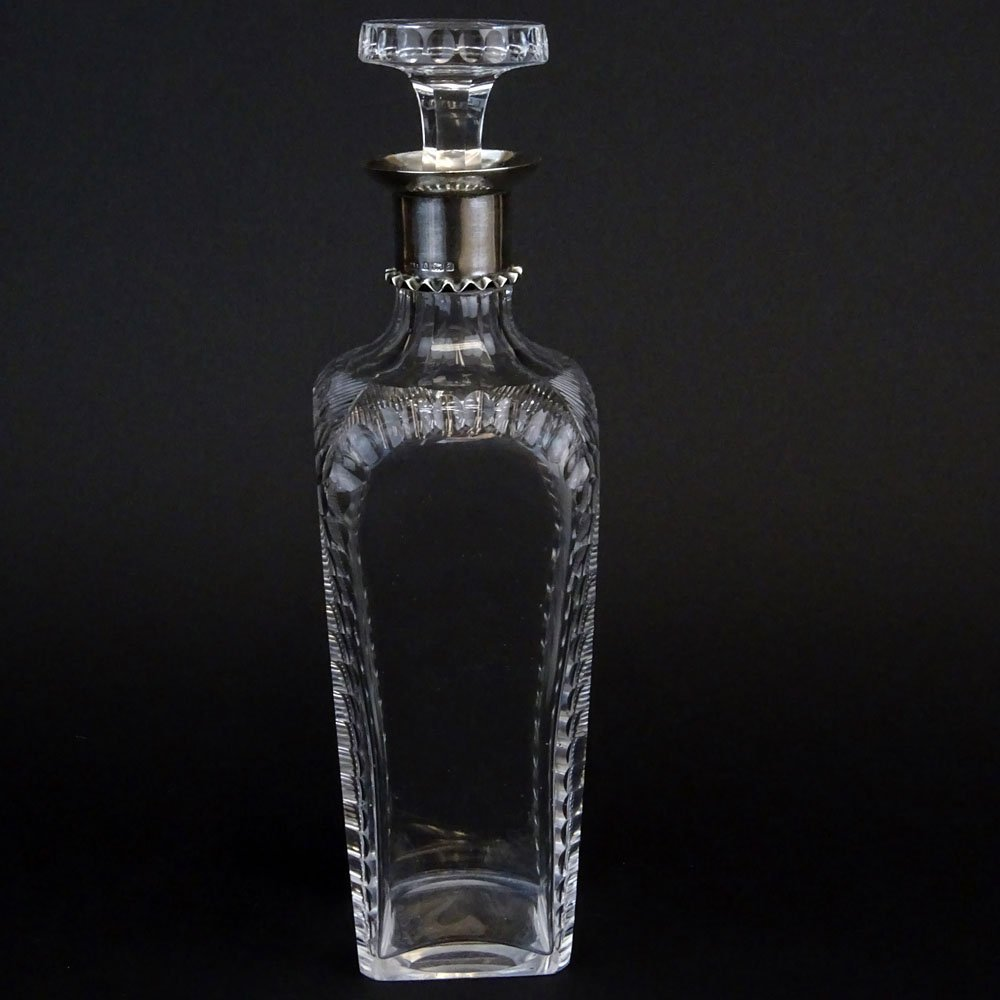 Early 20th Century English Cut Crystal Decanter With