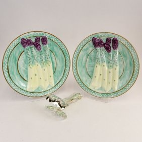 Pair Of Modern Majolica Pottery Asparagus Plates And