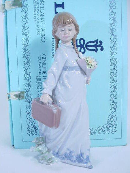 524: Lladro Figure #7604 School Days in Original Box. L