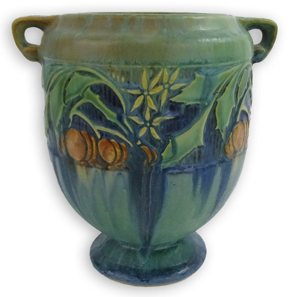 Roseville Green Baneda Pottery Vase. Unsigned, shadow