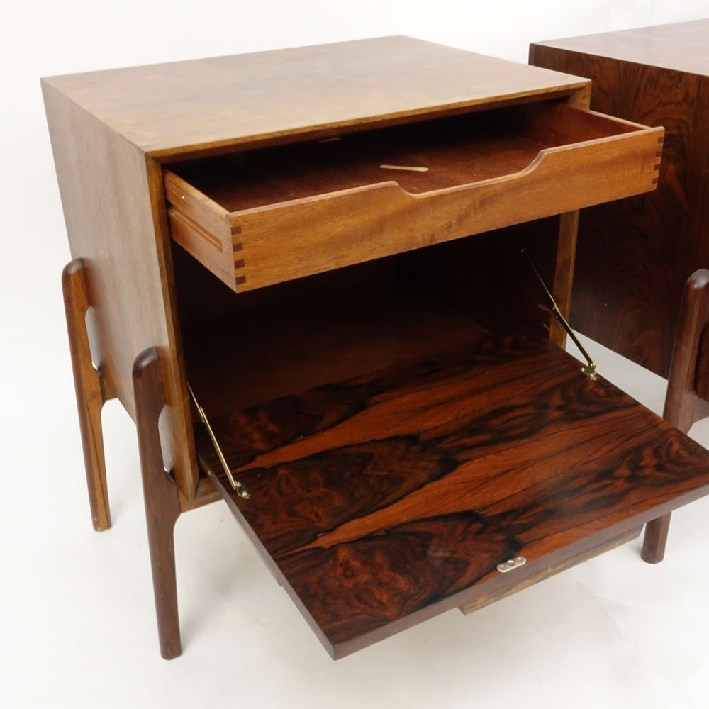 Pair Mid Century Modern Danish Rosewood End Tables. - 4