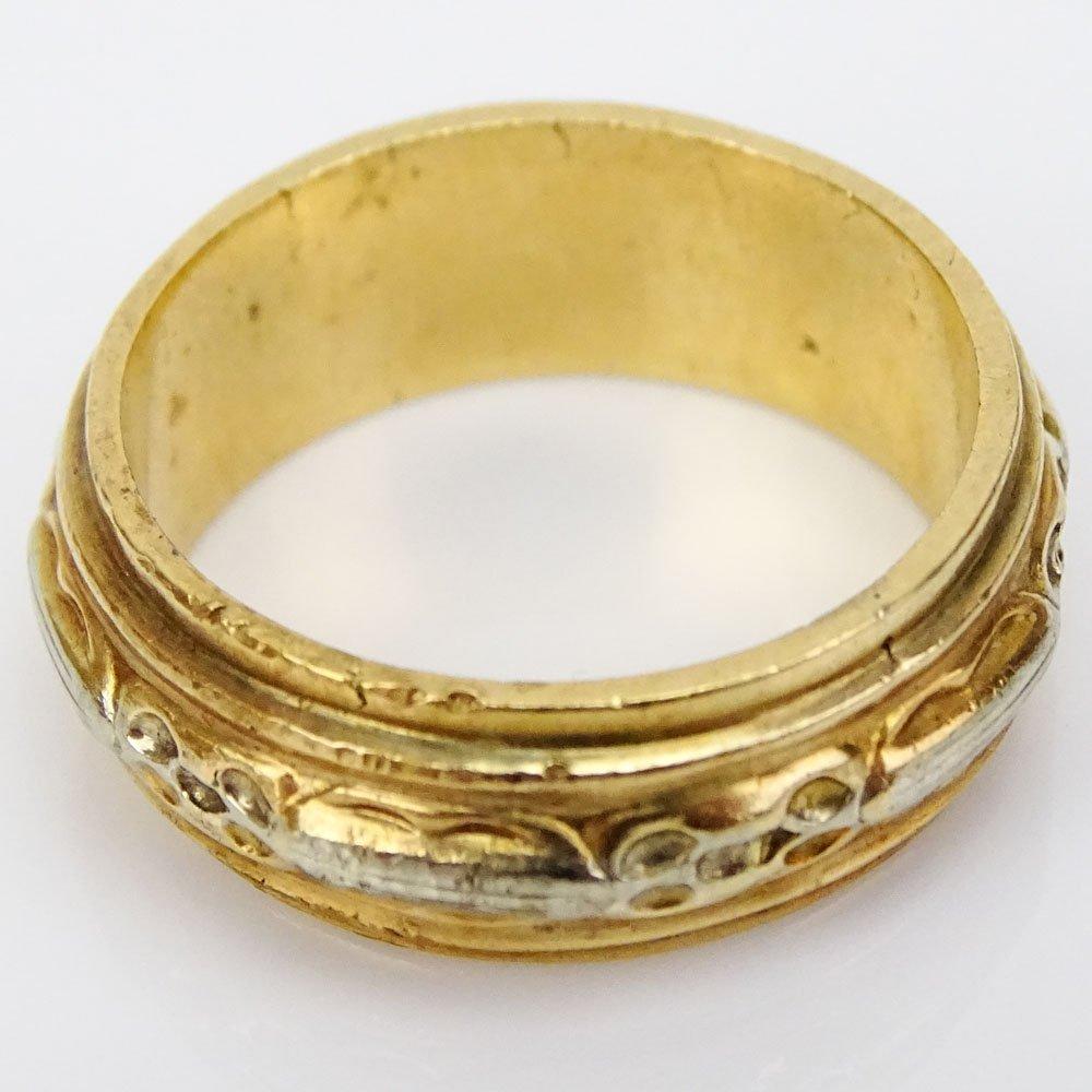 Man's Vintage Heavy 18 Karat Yellow Gold Band. Stamped - 3