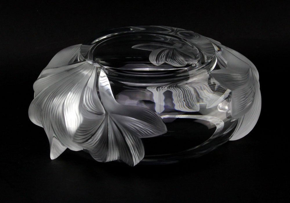 """Lalique France """"Pivionne"""" Water Lily Crystal Bowl. - 4"""
