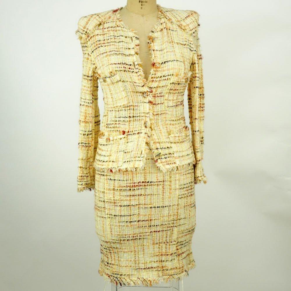 Chanel Boutique Colorful Retro Style Tweed Suit Set. - 2