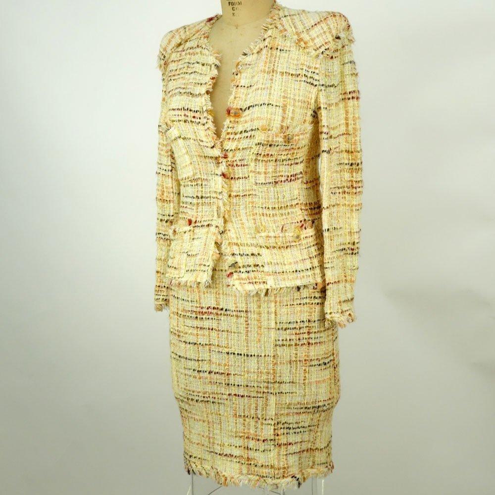 Chanel Boutique Colorful Retro Style Tweed Suit Set. - 3