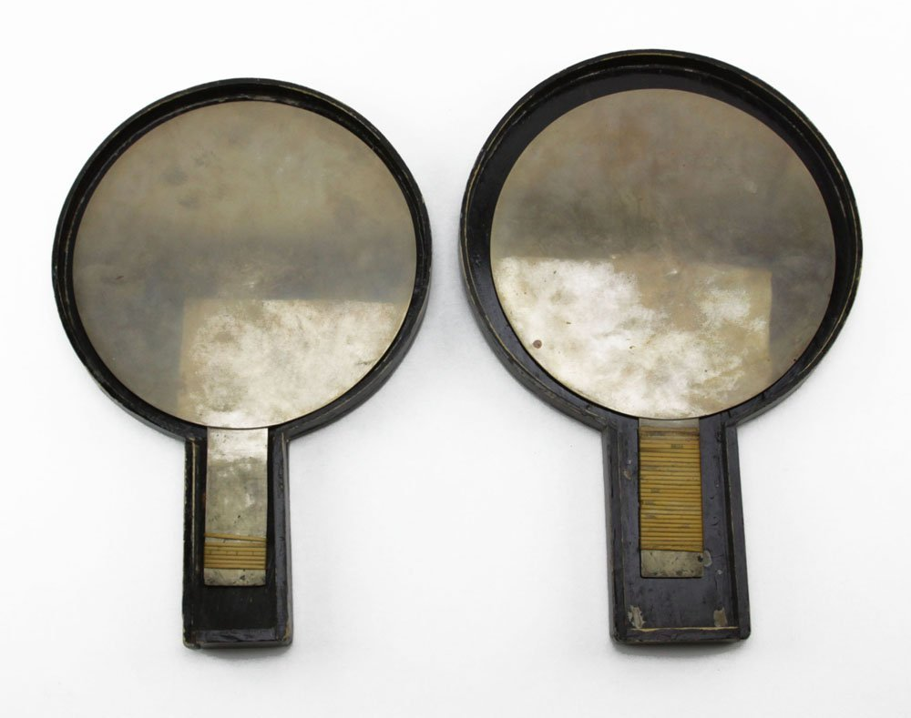 Pair of Antique Japanese Bronze Hand Mirrors in Wooden - 2