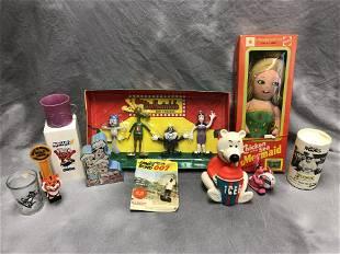 Vintage Asst Advertising Show Toys