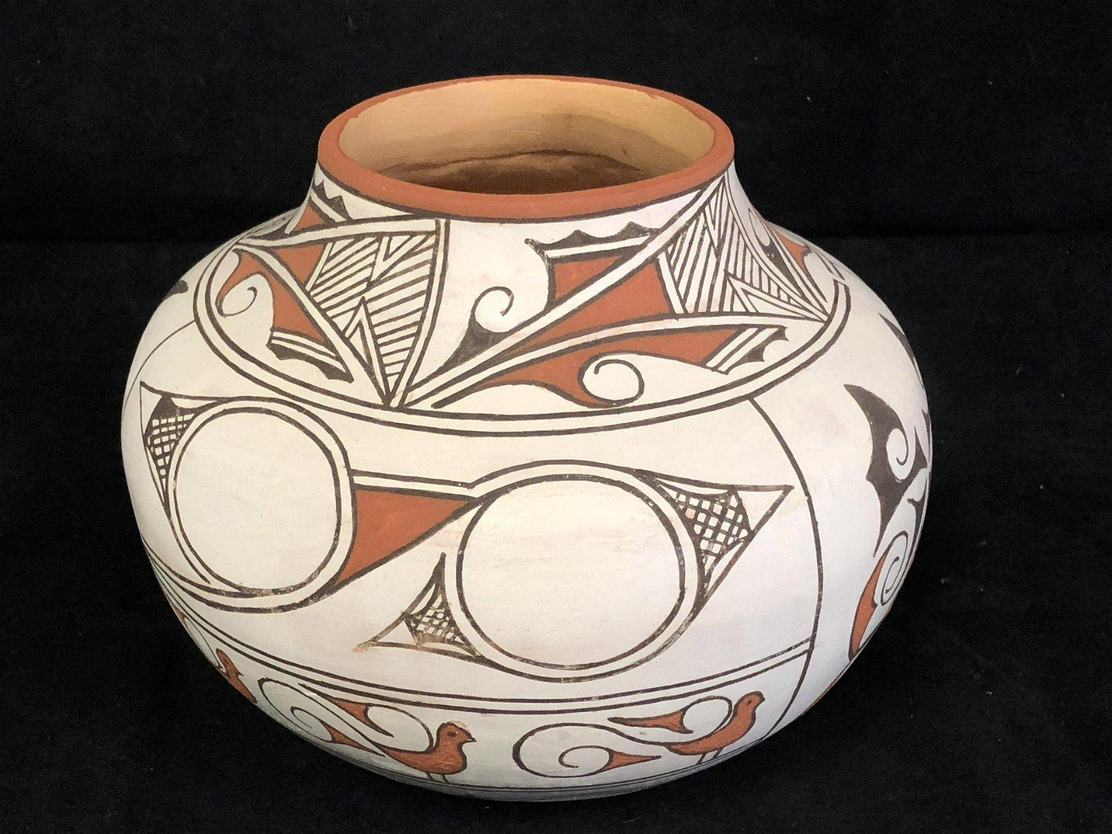 Signed Marian Eustace Zuni Pottery Vase