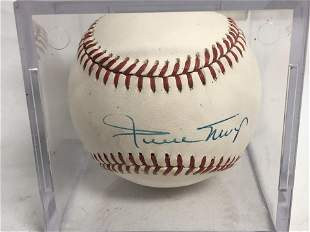 Autographed Willie Mays Baseball - Official National