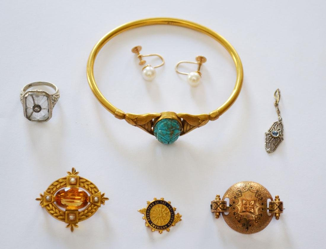 Great Lot Of 14k Gold Jewelry