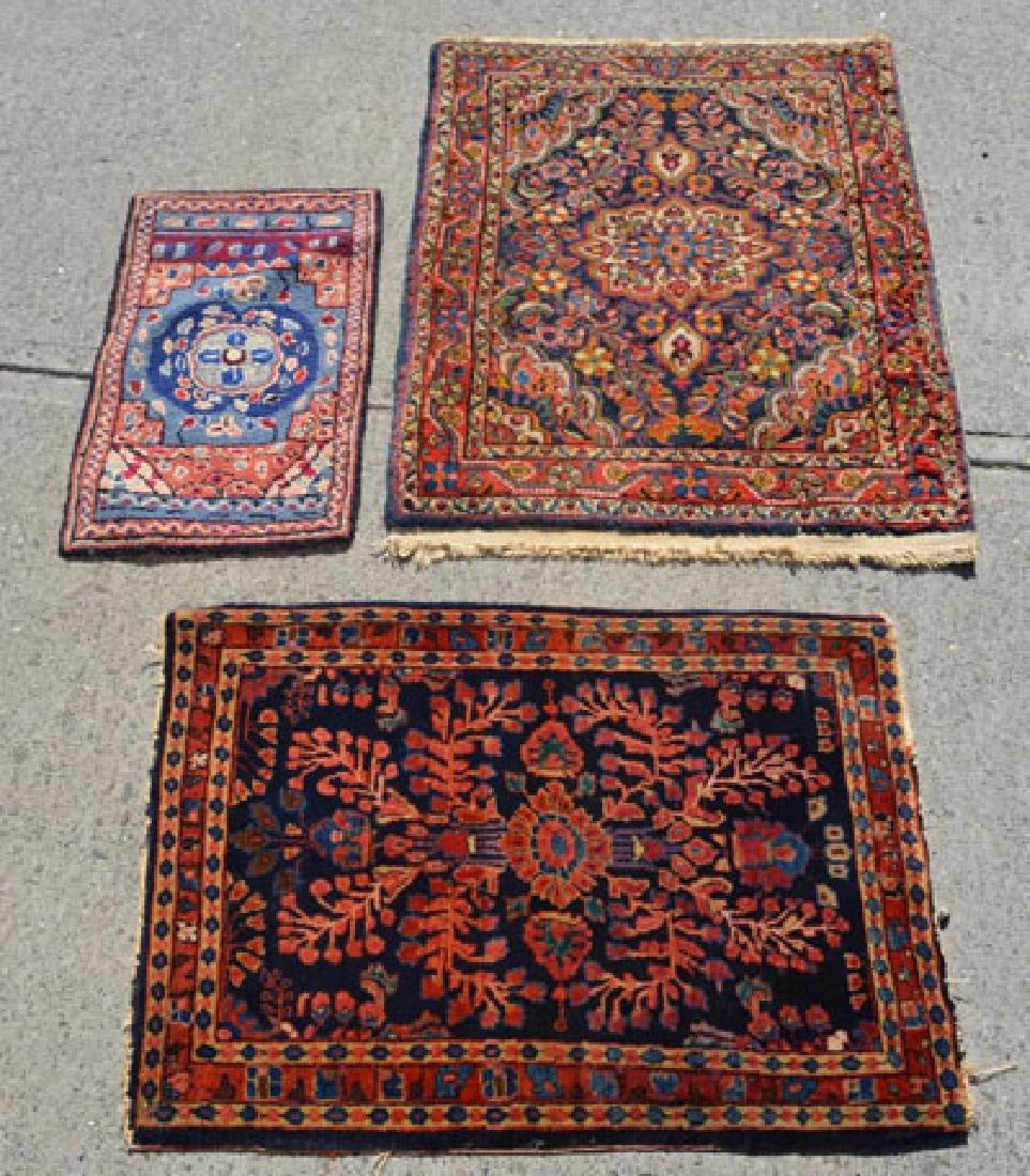 3  Lovely Vintage oriental scatter Rugs / Carpets