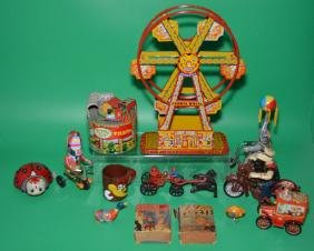 Great Lot Of Antique & Vintage Wind Up Toys