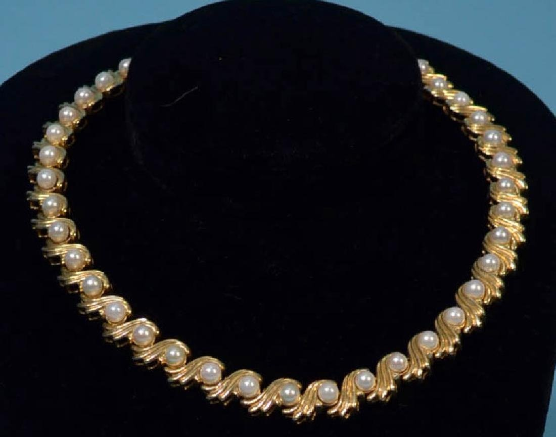 Truly Striking 14k Gold & Pearl Choker  Necklace