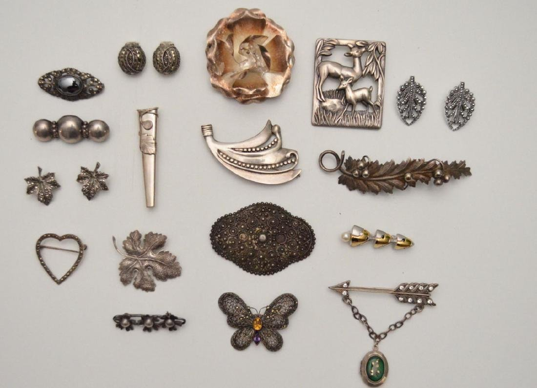 Large Group of Sterling Silver Jewelry (Pins)