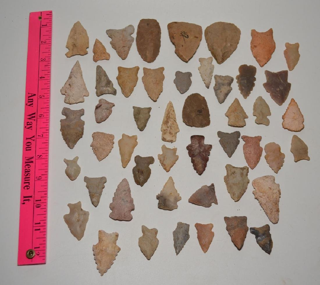 Lot Of  Native American Arrowheads ( Some Serrated)