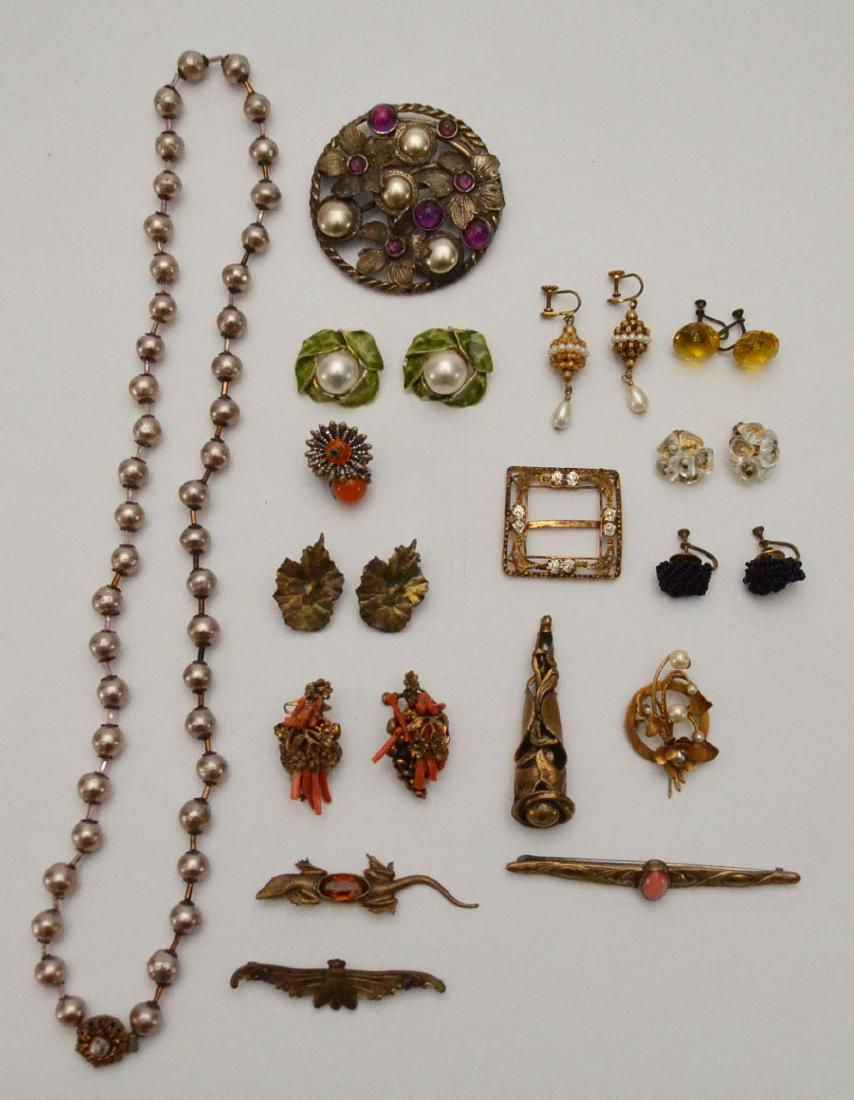 Lot of Vintage Costume Jewelry (Art Nouveau, Haskell)