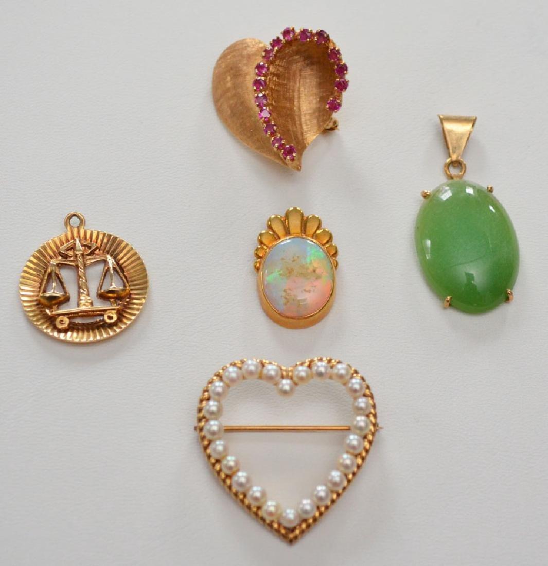 Lot Of 5 14k Gold Pins & Pendants w/ Various Stones